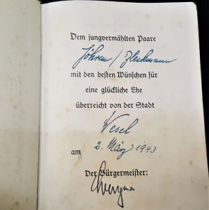 WW2 HITLER'S BOOK MEIN KAMPF WEDDING EDITION SIGNED MAYOR WESEL WEDDING EDITION