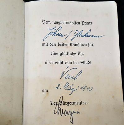 WW2 HITLER'S BOOK MEIN KAMPF WEDDING EDITION SIGNED MAYOR WESEL WEDDING EDITION