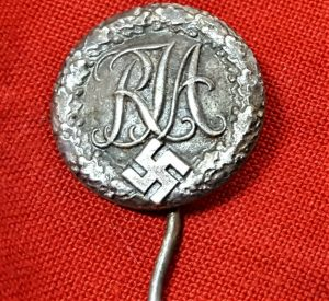 WW2 GERMAN RJA NATIONAL YOUTH SPORTS MEMBERSHIP UNIFORM BADGE LAPEL TYPE PIN
