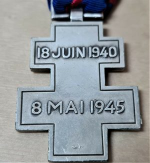SCARCE WW2 FREE FRENCH VOLUNTEER SERVICE CROSS MEDAL FRANCE LIBRE
