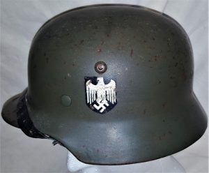 WW2 German Army double decal M35 steel helmet by F.W. Quist G.m.b.H., Esslingen
