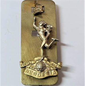POST WW2 VINTAGE RHODESIAN ARMY SIGNAL CORPS UNIFORM CAP BADGE