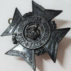 POST WW2 VINTAGE RHODESIAN REGIMENT ARMY UNIFORM CAP BADGE