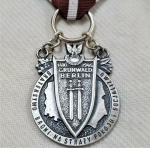 POLAND DECORATION OF THE BROTHERHOOD OF ARMS MEDAL